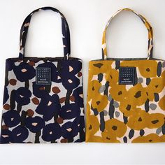 Mina Perhonen from Tokyo-based designer, Akira Minagawa. I love the playful textile designs. My Bags, Purses And Bags, Marimekko, Shopper, Cotton Bag, Handmade Bags, Textile Design, Shopping Bag, Pouch