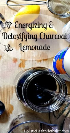 Energizing and Detoxifying Charcoal Lemonade - Learn how to make a delicious charcoal lemonade that soothes the stomach and detoxifies that body. Holistic Remedies, Natural Health Remedies, Holistic Healing, Natural Healing, Herbal Remedies, Natural Cures, Detox Drinks, Healthy Drinks, Healthy Eating