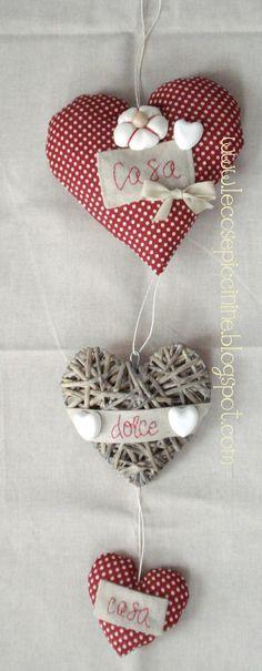 Le cose piccinine: La cuoricite - Dietroporta e decorazioni rigorosamente con il cuore