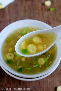 Tries n tested : Babycorn Soup -  a variety wud b to add onions n garlic n skip capsicum. Garnish wit coriander leaves.