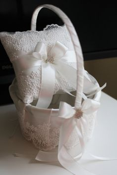 Wedding Pillow and Basket Set in Off-White Color by AlexEmotions