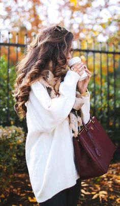 Huge white sweater and big ringlets for hair - fall fashion ideas