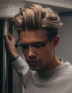 Brille Undercut Frisur