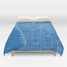 This Los Angeles Street Map prints quite well on this duvet cover or comforter. (From a vintage map) The detailed map includes beach cities, Hollywood,
