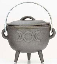 "Triple Moon Cast Iron Cauldron  4"""