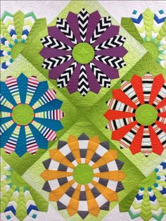 Kathleen's Modern Dresden Plate, quilted by Gina Bean Quilts