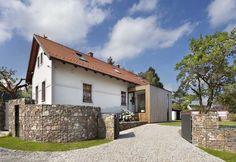 cz - Chalupa u Blaníku Villas, Home Fashion, Decor Interior Design, My Dream Home, Pergola, Arches, Home And Family, Sweet Home, Farmhouse