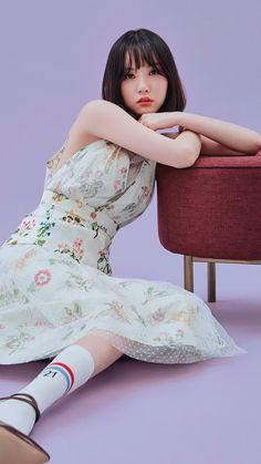 """Eunha for CéCi Korea 2018 February Issue "" Kpop Girl Groups, Korean Girl Groups, Kpop Girls, Lockscreen Hd, Asian Woman, Asian Girl, Cloud Dancer, G Friend, Music Photo"