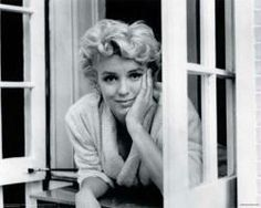 One of my most favorite pics of Marilyn.  She looks perfect yet has a sadness to her. xo