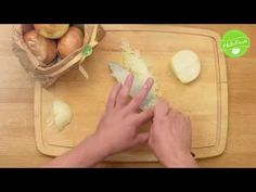 Quick and easy - Check out our video how to peel and dice an onion! Become a chef in your kitchen! How To Cut Onions, Becoming A Chef, Make You Cry, Baking Tips, Dice, Helpful Tips, Nom Nom, Crying, Make It Yourself