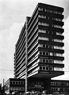Philips Office Building, Vienna, Austria, 1962-64 (Karl Schwanzer) Urban Architecture, Vienna Austria, Brutalist, Skyscraper, Concrete, Multi Story Building, Abstract, Architectural Photography, Metabolism