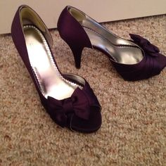 Dressy high heeled shoes Dressy high heeled shoes, open toe with bow, lapis 7M. Worn once. Michaelangelo Shoes Heels