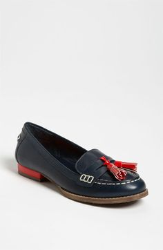 Chandler Loafer from Nordstrom Red Loafers, Loafer Shoes, Loafers Women, Brogues, New Shoes, Oxford Heels, Preppy Style, Shoe Game, Shoes