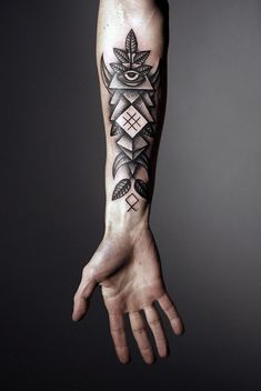 #Geometric #Tattoo