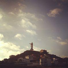 Sagrado Corazon Statue, overlooking the famous k38 surf spot