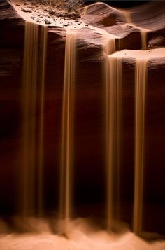 Sandfall in a desert of Arakis.