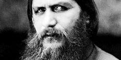 Raspoetin was geboren op 19 januari (1869) in het Siberische plaatsje Prokovskoe. Hij had een broer: Dimitri en zus: Maria die beiden zijn gestroven door dat ze verdonken in de rivier of gevolgen ervan.