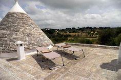 Trullo Termetrio_Dachterrasse mit Liegestühlen
