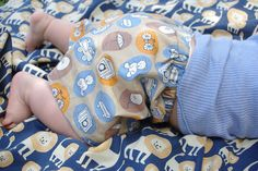 Krafty Guts: Make your own pattern baby shorts