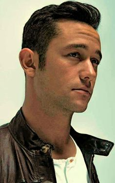 JOSEPH GORDON LEVITT. I honestly am not sure if there's anything more perfect in this world.