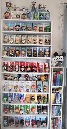 my disney funko pops Casa Disney, Disney Rooms, Deco Disney, Disney Pop, Funk Pop, Funko Pop Display, Funko Pop Shelves, Funko Pop Dolls, Pop Figurine