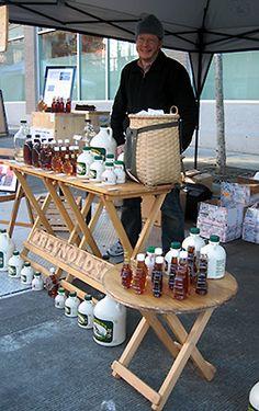 Brookfield Farm Honey at the Fremont Market!