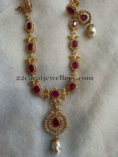 Uncut Diamond Sets with Earrings - Jewellery Designs Gold Jewelry Simple, Gold Jewellery Design, Uncut Diamond, Schmuck Design, Necklace Designs, Indian Jewelry, Wedding Jewelry, Fashion Jewelry, Bride Necklace