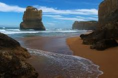 Australia, I have been on this beach! This was the most beautiful place I have been. I could have stayed here for days! Your feet just melt in the sand!