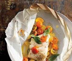 Fish Fillets with Tomatoes, Squash, and Basil from Epicurious, found Basil Recipes, Fish Recipes, Seafood Recipes, Cooking Recipes, Healthy Recipes, Healthy Meals, Primal Recipes, Diet Meals, Yummy Recipes