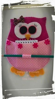 Glorious All Time Favorite Sewing Projects Ideas. All Time Favorite Top Sewing Projects Ideas. Owl Crafts, Diy And Crafts, Diy Sewing Projects, Sewing Crafts, Felt Owls, Diy Couture, Felt Fabric, Fabric Dolls, Felt Ornaments