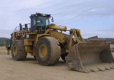Caterpillar 992K Wheel Loaders for Sale :: Construction Equipment Guide