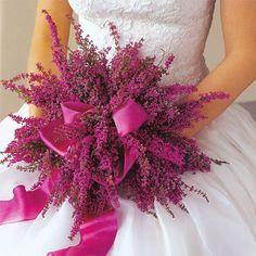Deep pink wedding bouquet ~ quite pretty ~ different Bridal Flowers, Fall Flowers, Summer Flowers, Floral Wedding, Wedding Bouquets, Purple Wedding, Flower Bouquets, Purple Bouquets, Brooch Bouquets