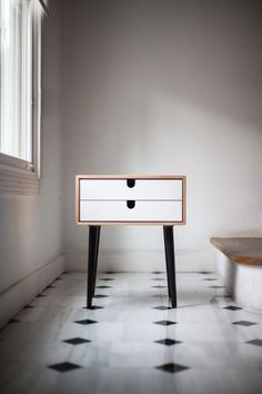 Wood nightstand / Bedside Table Scandinavian by Habitables