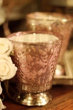 .  via:http://whimsydecor.blogspot.com.br  love the pink and gold