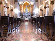 Campinas/SP - Um giro pela cidade - SkyscraperCity. Foto de Henrique_S. Interior da Basílica do Carmo.