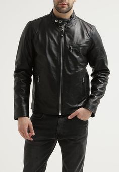 Mens Lembskin Leather Jacket------------------------https://www.ryanlifestyle.com/collections/men-leather-jacket/products/rlblk686?variant=34885261326Price;129.99