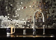 Glamorous kitchen backsplash