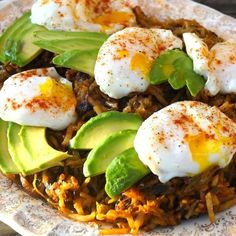 Community Post: 17 Mind-Blowing Ways To Eat Poached Eggs