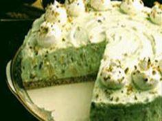 Get Pistachio Pineapple Dessert Recipe from Food Network Pistachio Pie, Pistachio Dessert, Pistachio Pudding, Pistachio Recipes, Pineapple Chicken Recipes, Pineapple Dessert Recipes, Pineapple Cheesecake, Pineapple Cake, Easy Desserts