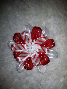 Items similar to Candy Cane Snowflake Clip on Etsy Ribbon Hair Clips, Ribbon Hair Bows, Baby Girl Hair Bows, Baby Bows, Ribbon Retreat, Hair Bow Tutorial, Kids Hair Accessories, Gift Bows, Hair Decorations