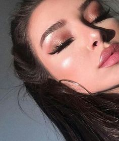 pinterest://@jarinaew Cute Makeup, Glam Makeup, Pretty Makeup, Skin Makeup, Makeup Inspo, Makeup Art, Makeup Inspiration, Beauty Makeup, Hair Beauty