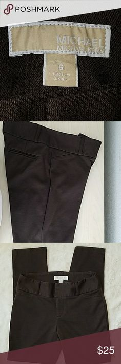 MICHAEL Michael Kor BROWN STRETCH PANTS SIZE 6 Very good used condition.  Size 6 Stretch pants. Two pockets in back. MICHAEL Michael Kors Pants Straight Leg
