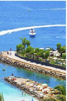 Wauw wel 12 dagen lang naar Gran Canaria, een echte zon, zee en strand vakantie waar je helemaal tot rust kunt komen! Op Gran Canaria kun jij op de stranden heerlijk relaxen en genieten van de zon.. Maar als je helemaal niet opzoek bent naar een rustige vakantie, dan kun je hier ook terecht.. https://ticketspy.nl/deals/augustus-lekker-12-dagen-genieten-van-gran-canaria-va-e386/