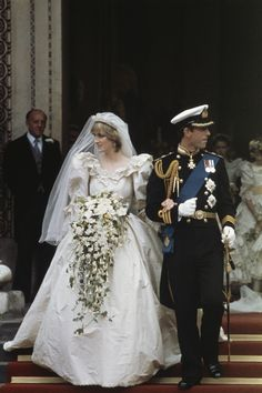 Prince of Wales, Charles Philip Arthur George weds Lady Diana in St Paul's Cathedral, on 29 July 1981. The gown Diana wore had a 25 foot train and incorporated 10,000 pearls, lace and embroidery. Charles and Diana divorced on 28 August 1996.