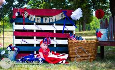 @Stacy Stone Taylor We should paint a pallet for the 4th of July sessions this weekend!!