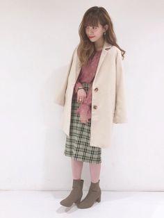 🐸🐶 チェスターコート で 定番コーデ ♡ピンクをプラス♡