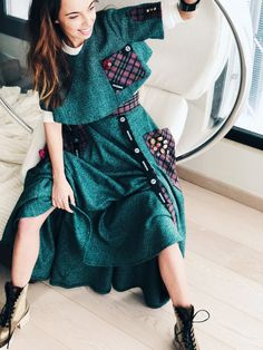Fit sizes: Xs/S Design Zuzka Mak Made in Greece Handmade Wear with basic T shirt Wear with With Blouse Wear with Black Blouse Made from Wool Under is anot Long Green Skirt, Black Blouse, Shirt Dress, Wool, Skirts, Handmade, How To Wear, Collection, Dresses