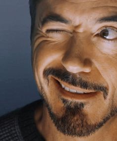 I wanted to see that happy face in the endgame tooh😞😢 Robert Downey Jnr, Anthony Edwards, I Robert, Iron Man Tony Stark, Downey Junior, Marvel Actors, Film Serie, Hollywood Actor, Disney Channel