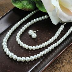 A classic accessory choice for so many occasions, this 3 piece graduated pearl jewelry collection includes a lovely necklace of graduated pearls and a matching bracelet and pair of earrings.