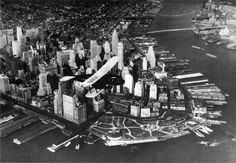 Incredible Vintage Photos of New York Pics) - Page 2 of 4 - History Daily New York Photos, Nyc, Vintage New York, Photographs Of People, Lower Manhattan, Concrete Jungle, Aerial View, Vintage Photos, New York City